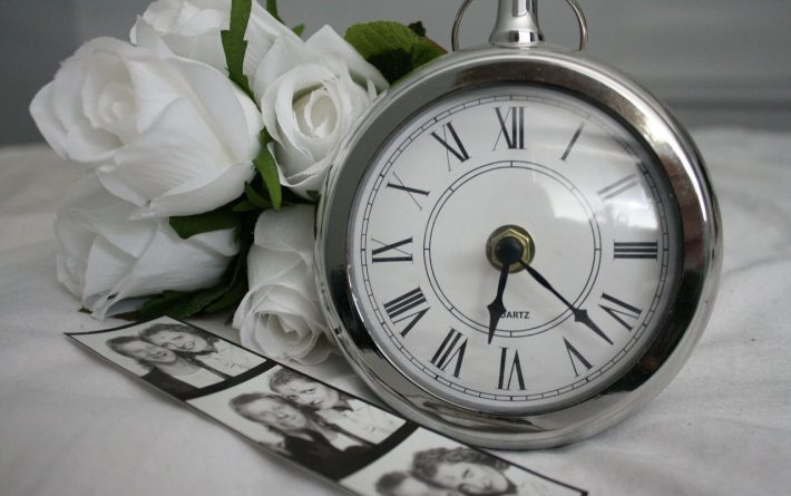 Watch and flowers